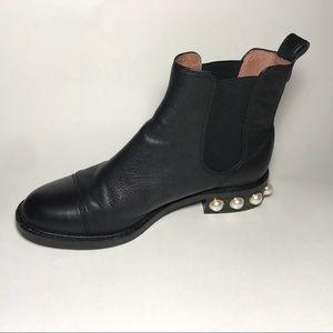 Louise et Cie Shoes - LOUISE ET CIE VINN CHELSEA BLACK BOOTIE PEARL HEEL